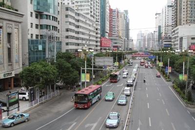【兰州两会】政协委员热议城市建设管理城市道路建设亟需合理布局(图)