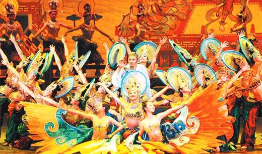 浴火重生淬炼 铸就永恒经典——甘肃《丝路花雨》37年市场化道路解读(图)
