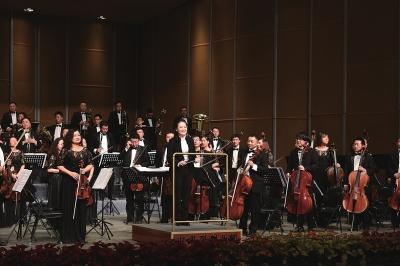 《新年音乐会》30日奏响 甘肃省交响乐团让市民享受高雅艺术(图)