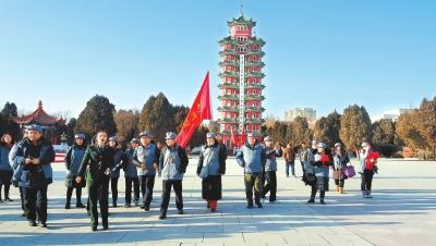 """""""重走长征路""""红色旅游主题活动媒体团走进白银会宁(图)"""
