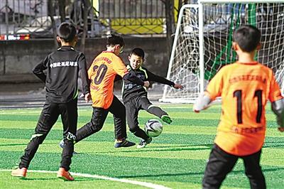 兰州榆中:足球强县 梦想不再遥远(图)