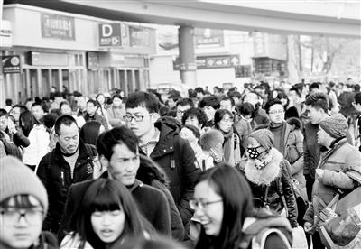40天春运大幕开启 兰铁局预计发送旅客515.9万人次(图)