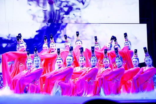 """""""秦州之春·七彩华章""""2017年天水秦州区慰问演出举行(图)"""
