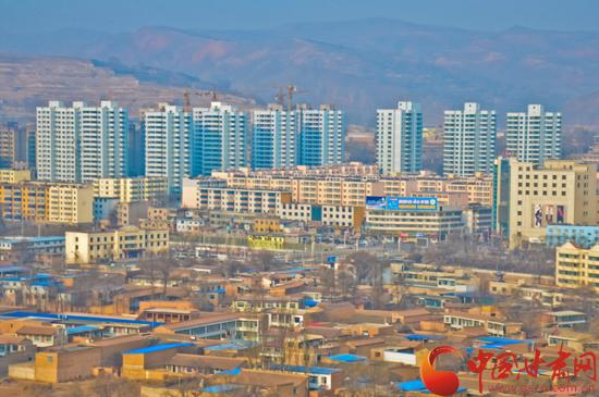 甘肃定西渭源县鼎力打造山水园林县城(图)