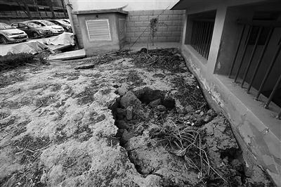 七里河兰州国资物业第一佳园水管断裂地基下沉 居民住得心发慌(图)