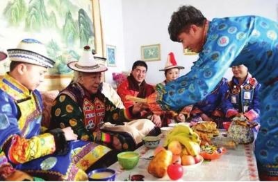 张掖肃南裕固族春节有特色(图)