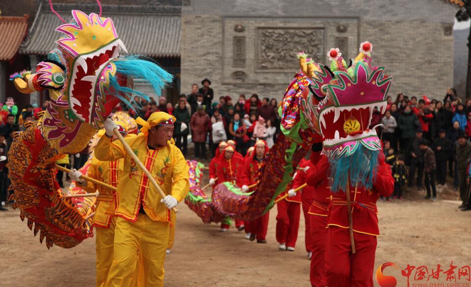 温暖中国·乡村年味 | 天水市苏庄村社火在慈航寺表演【高清组图】