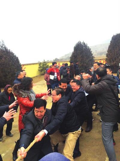 兰州榆中县韦营乡韦家营村举行春节大联欢活动(图)