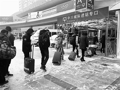 """兰州至北上广10日内火车票售罄 教你三大时间点""""捡漏"""""""
