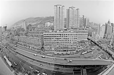 """【特稿】兰州解放门立交桥改造 根治周边交通拥堵""""顽疾""""的期待"""