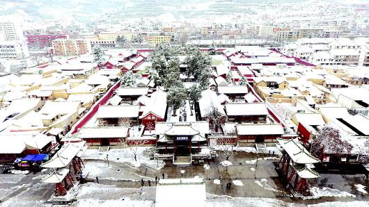 春雪润龙城 天水市迎来去冬今春最大降雪