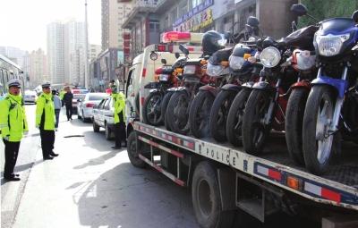 兰州:一天查处劝阻交通违法1.5万余起 行政拘留 14人(图)