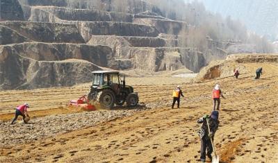 【治国理政新实践·甘肃篇】迈入农业生产新阶段 ——甘肃省农业机械化工作综述