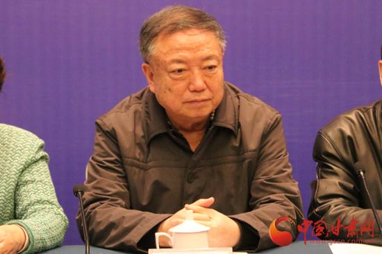 十一届人大常委会副主任、党组副书记、丛书编篡委员会主任朱志良