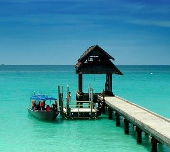 【旅游】甘肃出席全国两会代表委员热议旅游产业发展