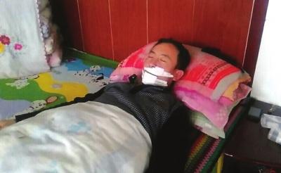白银:手机店店主遭抢劫 村民临危救人受伤 (图)