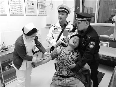 """重庆籍男子在兰醉酒驾车被查 抽血大喊""""我怕疼"""""""