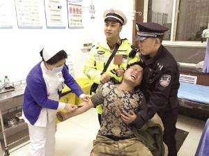 兰州皋兰交巡警查处一起醉驾闹事案