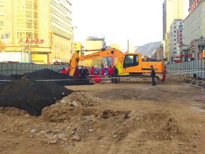 兰州:施工不慎挖破天然气管道 无人员伤亡(图)