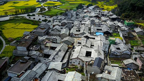 独特的屯堡古建筑村落——贵州本寨古村