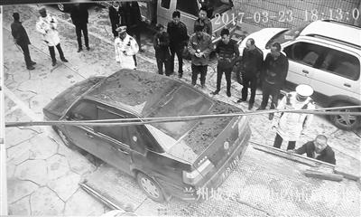 """小街巷揪出个""""违章大王""""违法231次记612分应罚4万 兰州城关交警已对该车辆进行查扣"""
