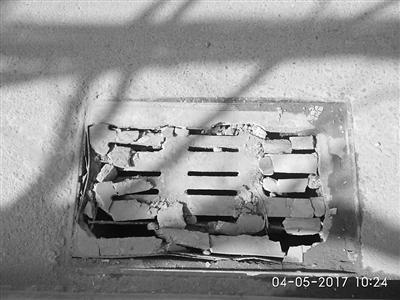 兰州九州大道井盖屡遭破损 市政部门:附近工地多,大车碾压所致