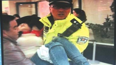 兰州90后交警赵磊和他的战友们用青春守护百姓平安(图)