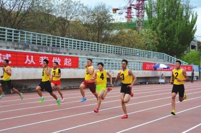 甘肃省4522人参加高考体育统考 今年更新指纹检测等设备(图)