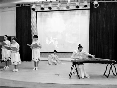 兰州市第九十九中学近日举办中华经典美诗文朗诵比赛(图)