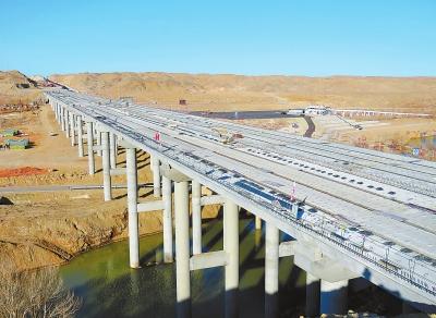 酒泉:肃航公路已完成路基工程量的80%(图)