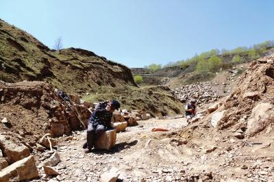 定西通渭:马营峡里的石匠 即将消失的行当