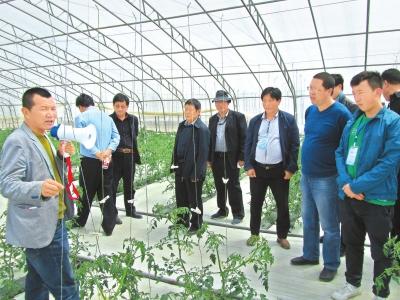 甘南州合作市举办首期村干部培训班(图)