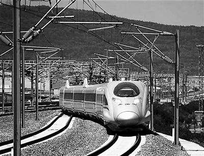 宝兰高铁甘肃段开始试运行 全线预计7月初正式开通运行