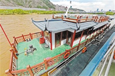 兰州黄河母亲码头画舫船端午节投用
