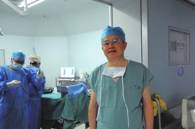 兰州市腹腔镜微创外科开拓者 ——记兰州市第一人民医院肝胆外科主任、主任医师李云山