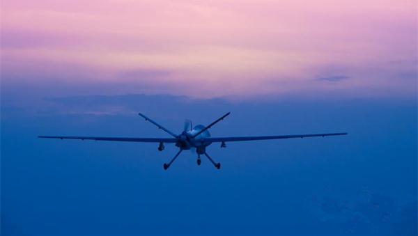 高清:大片来袭 空军无人机训练图震撼登场