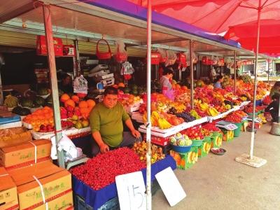 经过几个月集中整治 兰州庙滩子菜市场变样(图)