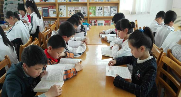 少儿童书出版产业走向阅读服务