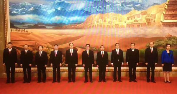 中共甘肃省委十三届一次全会举行 林铎当选为省委书记 唐仁健孙伟当选为省委副书记