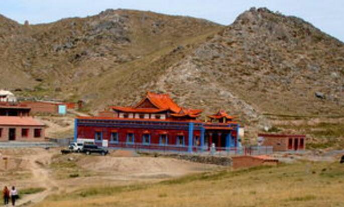 草原丝绸之路语言文化专家考察手记丨大汗之山