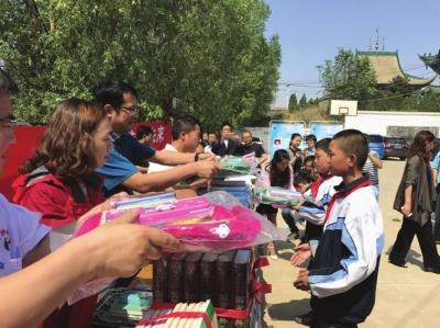 兰州:关爱农村留守儿童助力创建文明城市