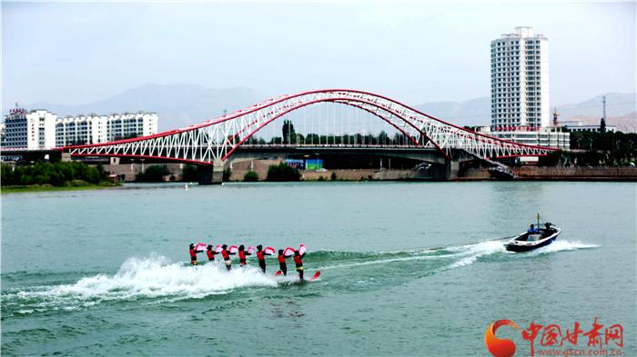 第七届敦煌行·丝绸之路国际旅游节精彩水上表演抢先看(组图)
