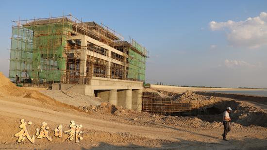 武威民勤县红崖山水库加高扩建工程进展顺利