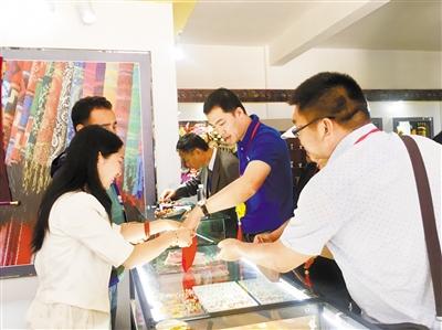 丝绸之路旅游产品展在临夏州永靖开展(组图)