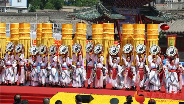 2017(丁酉)年公祭中华人文始祖伏羲大典隆重举行