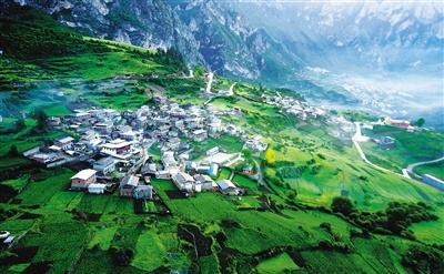 甘南扎尕那深山中的藏寨秘境(图)