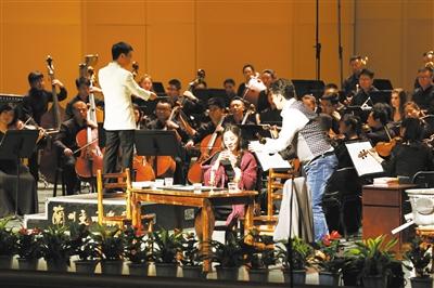 音乐会版《波西米亚人》在兰首演大获成功(图)