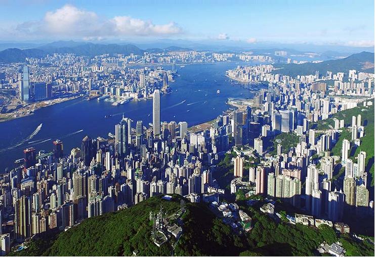 与祖国同舟共济 为梦想风雨兼程--庆祝香港回归20周年