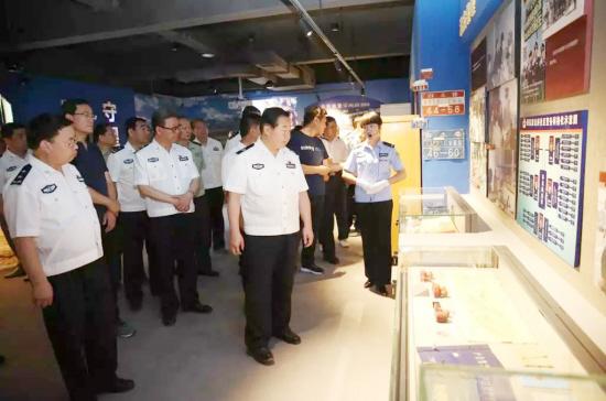 甘肃警察博物馆正式开馆(图)