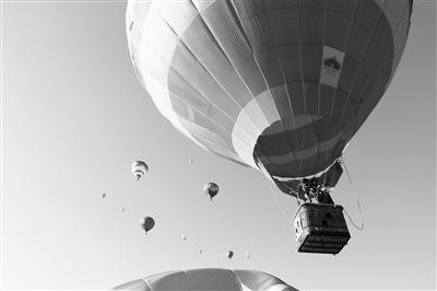 7月底9月上旬 兰州安宁区举办国家级热气球、攀岩大赛(图)